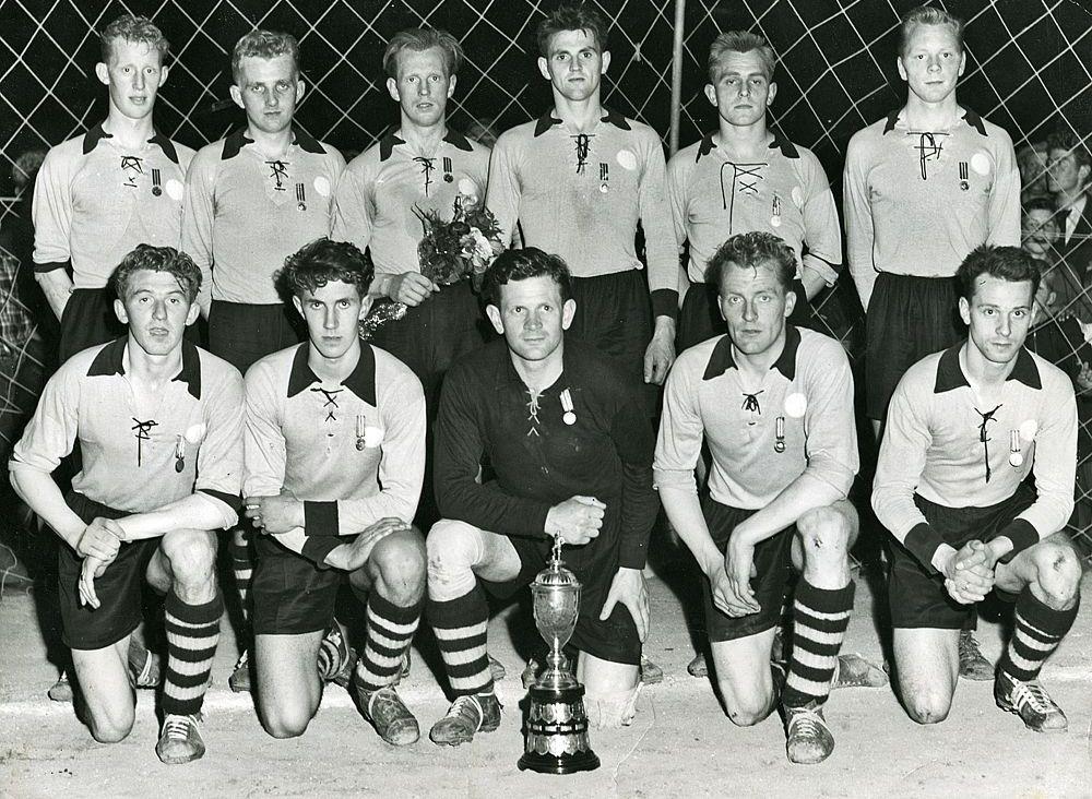 1954 Íslandsmeistarar ÍA
