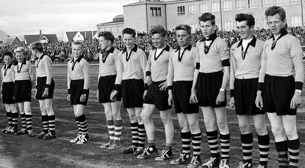 1957 Viðurkenning fyrir stráka