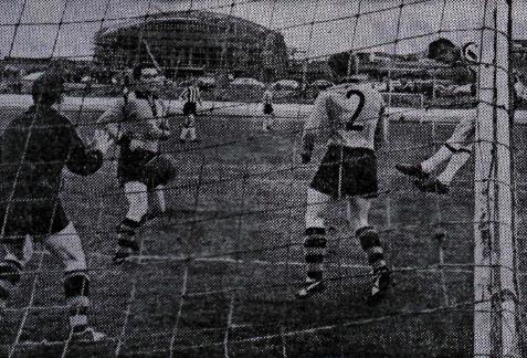 1962 KR - ÍA mynd1