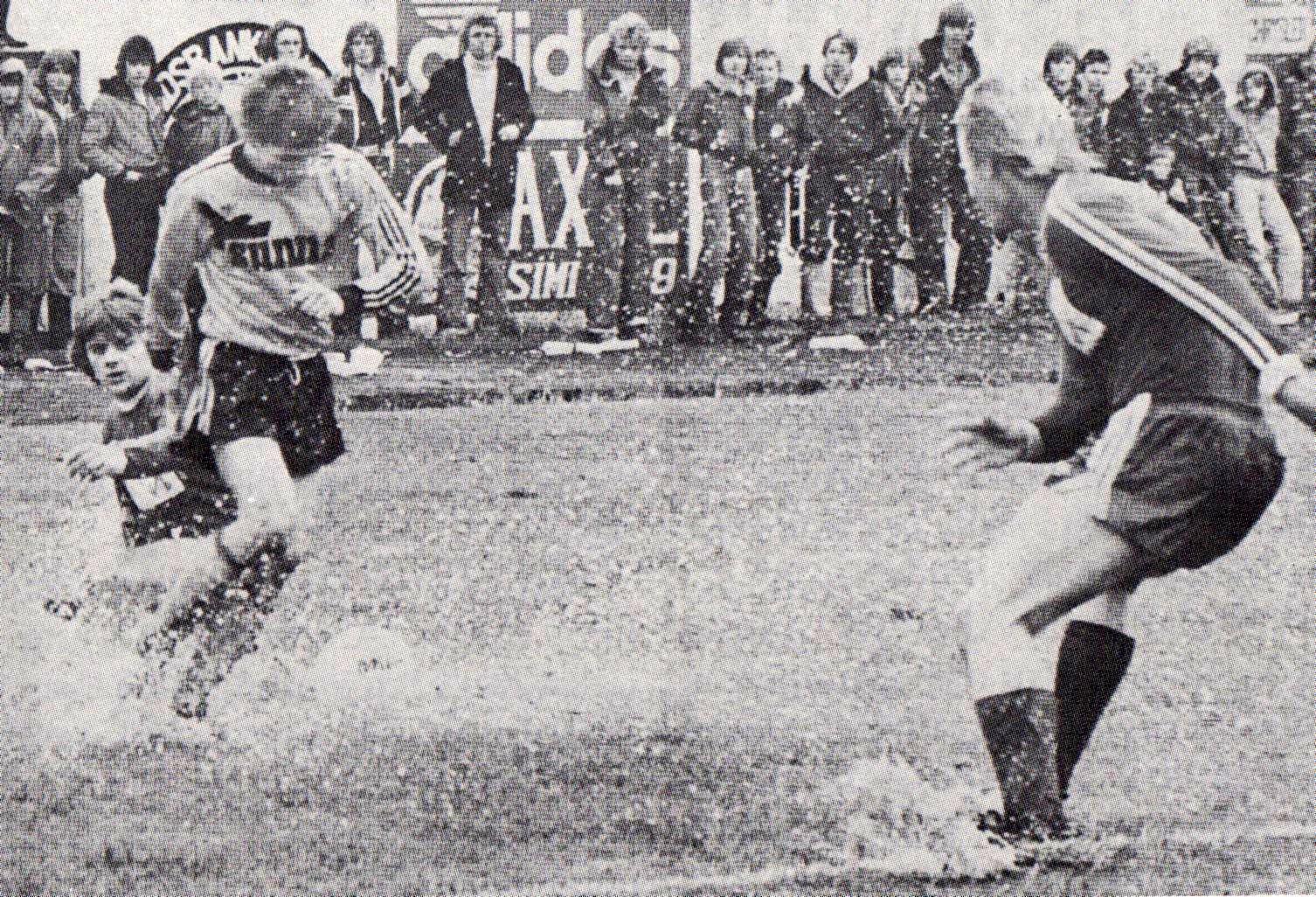 1977 ÍA - Þór mynd1