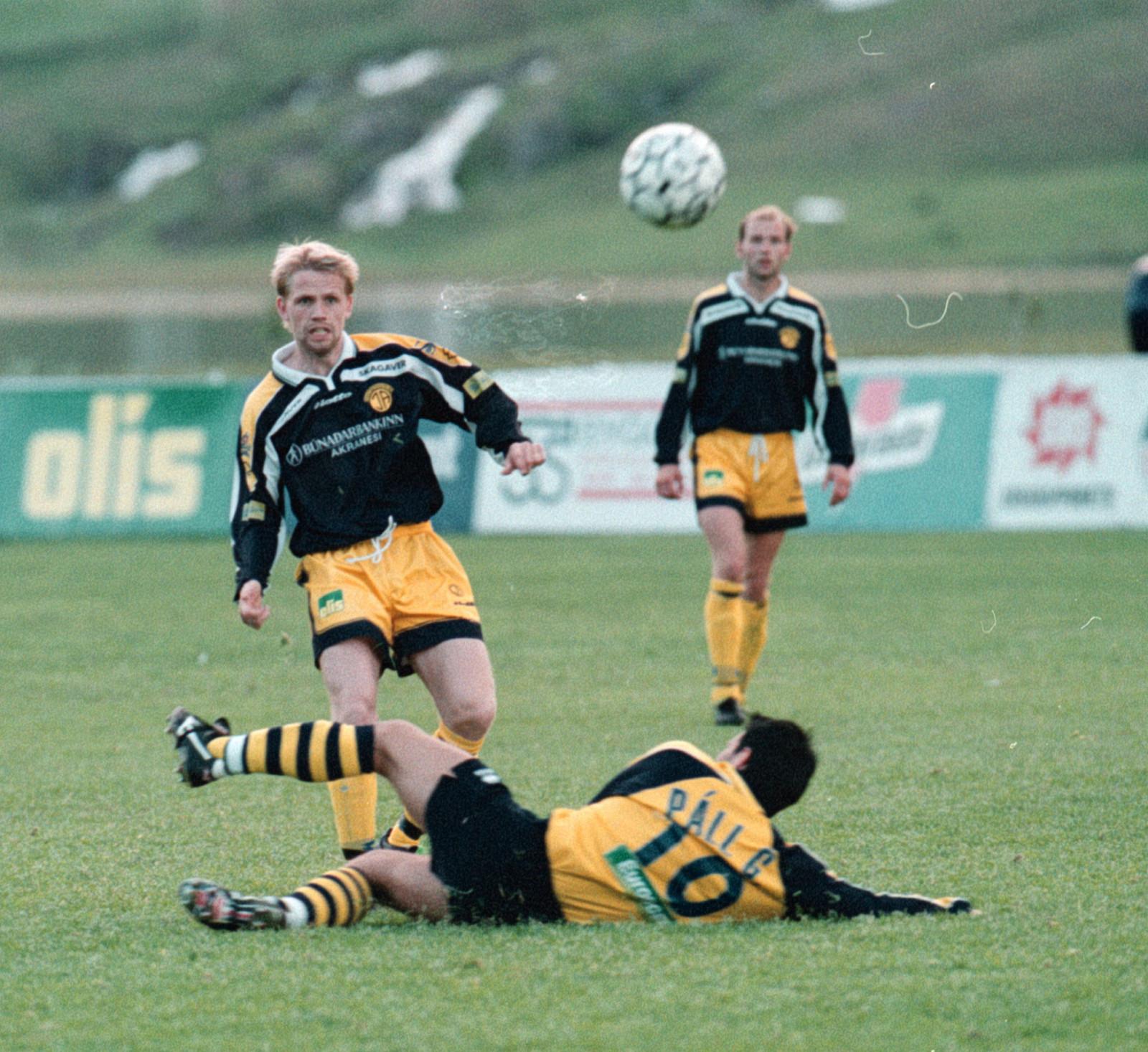1999 Leiftur - ÍA