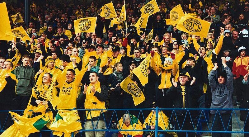 2000 ÍA - ÍBV Bikarúrslit2