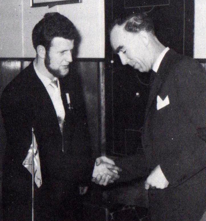 1958 Íslandsbikarinn afhentur á Akranesi
